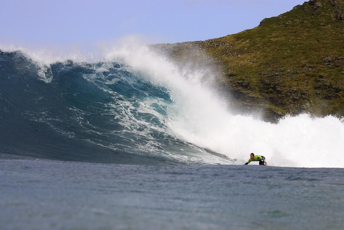 Surf en playa Pantin