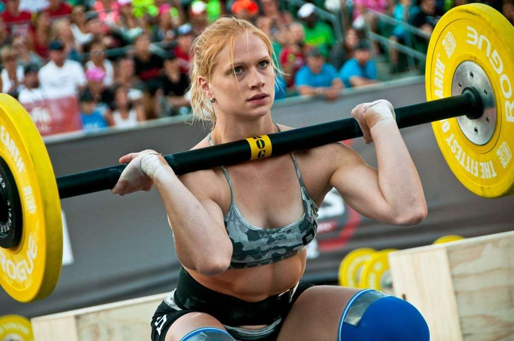 Annie Thorisdottir, Europe