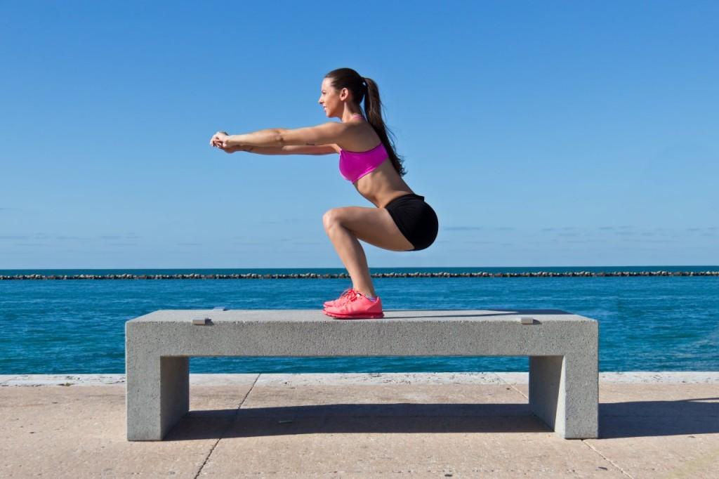 Endurece tus glúteos y tonifica tus piernas en 9 sencillos pasos
