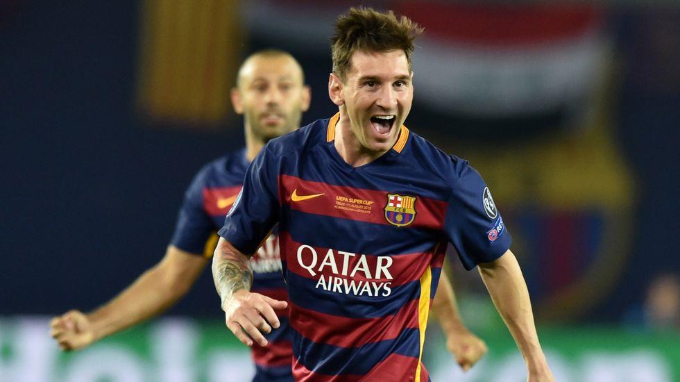 messi celebrando un gol
