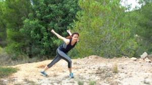 rutina-dakidissa-cardio-suave-piernas-cruzadas (2)