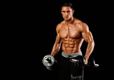 Los mejores ejercicios con mancuernas ¡entrena todo tu cuerpo!