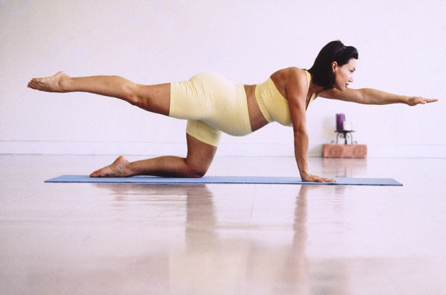 Ejercicio pilates mujer embarazada 7