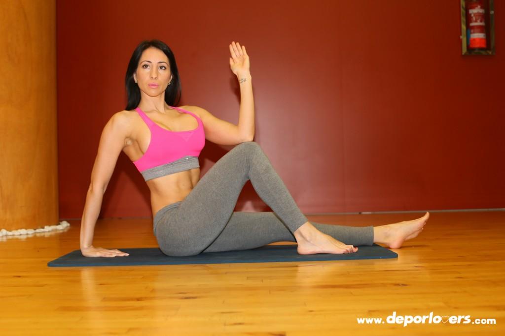 Postura yoga: Postura del Marichi