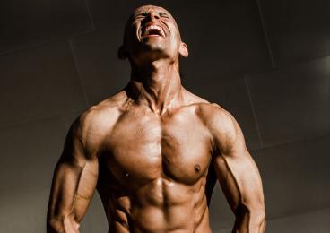 ejercicios para ganar fuerza con tu cuerpo