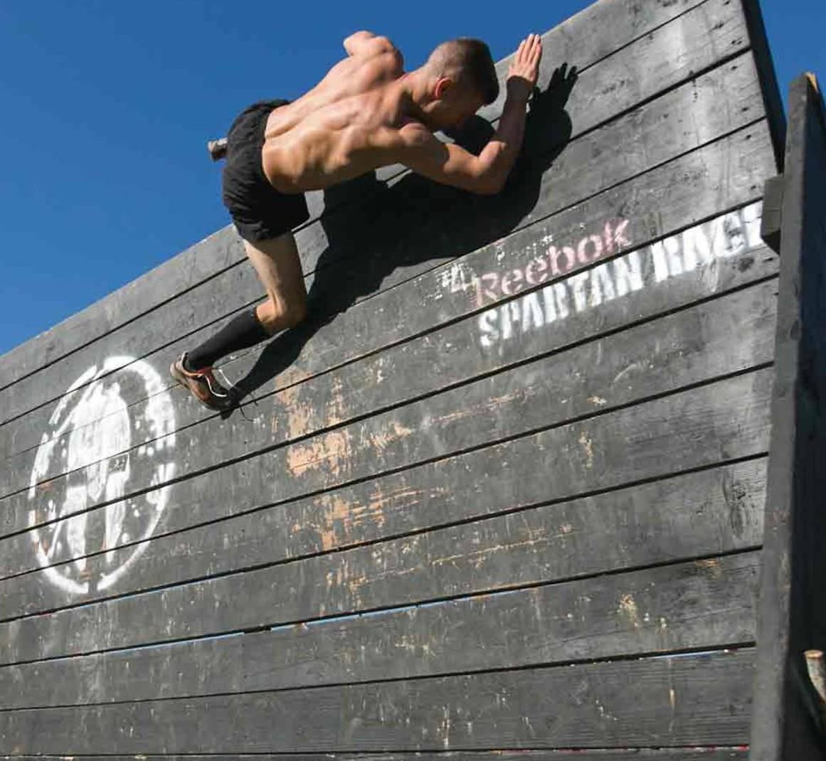 spartan race saltar el muro