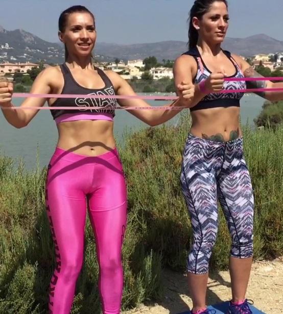 ejercicios-con-bandas-elasticas