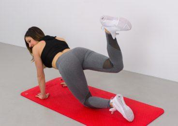 entrenamiento abdominales y gluteos