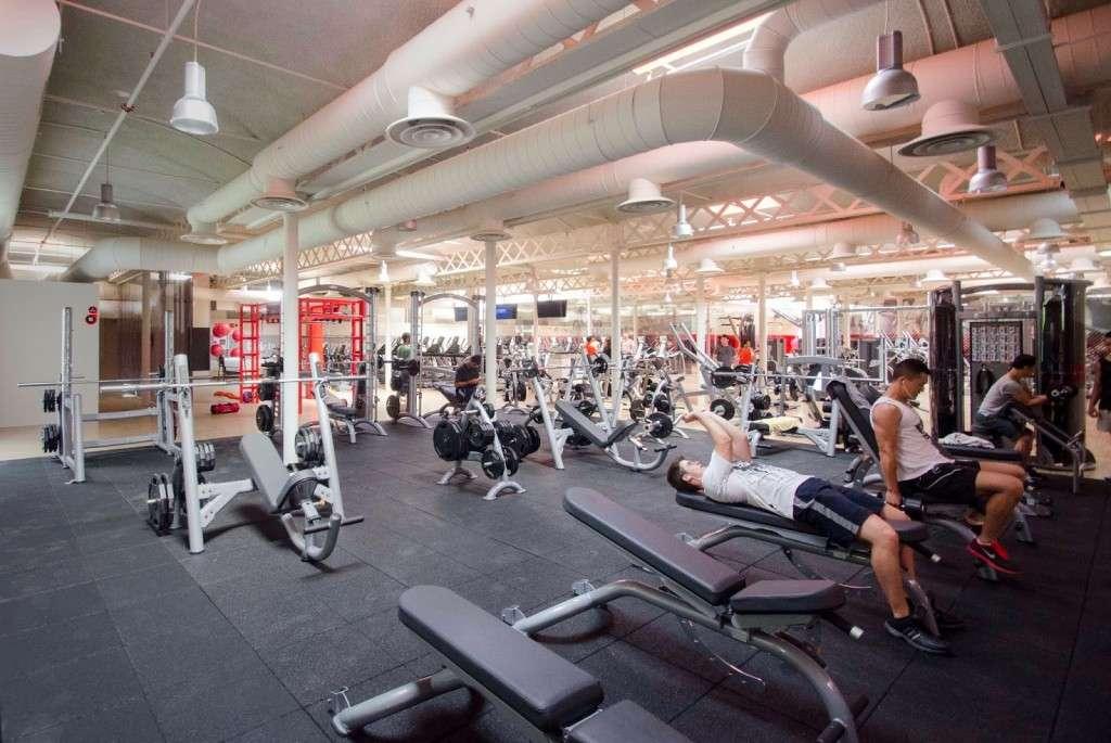 Los mejores gimnasios de barcelona consigue un cuerpo for Cual es el gimnasio mas cercano