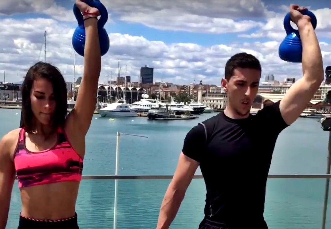 Circuito Kettlebell : Entrenamiento con kettlebell ejercicios para ganar fuerza